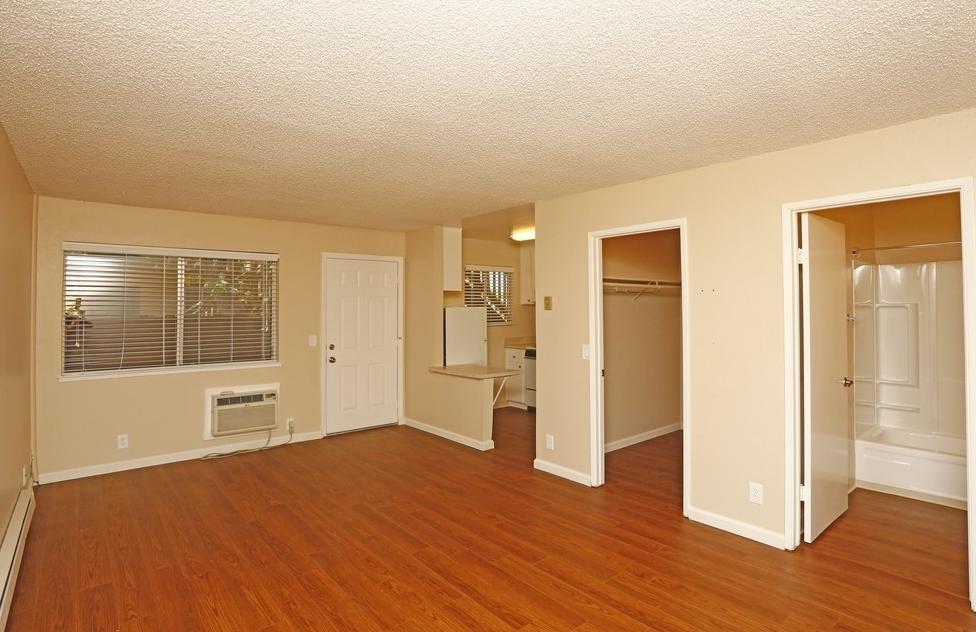 Blue Hills Studio Apartments photo